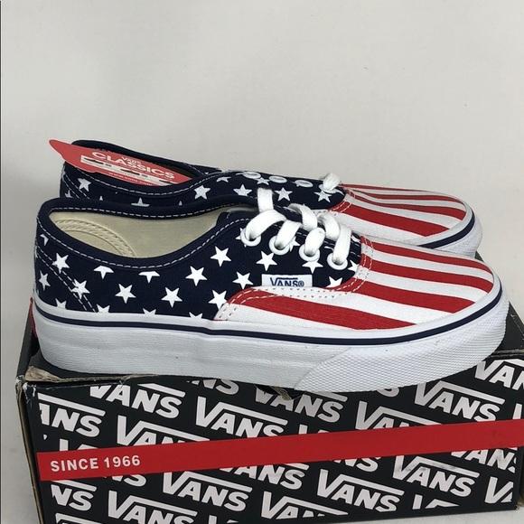 894cddf9c2 Vans Authentic Stars   Stripes Little Kids